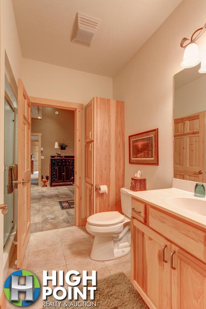 Bathroom-1-667x1000-72dpi