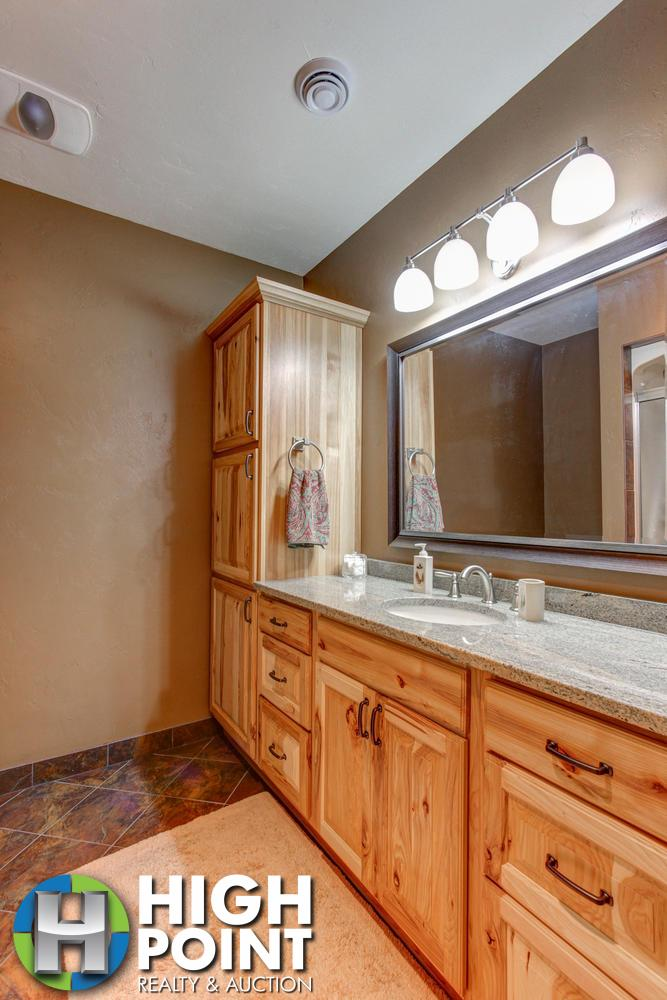 Bathroom-2-667x1000-72dpi