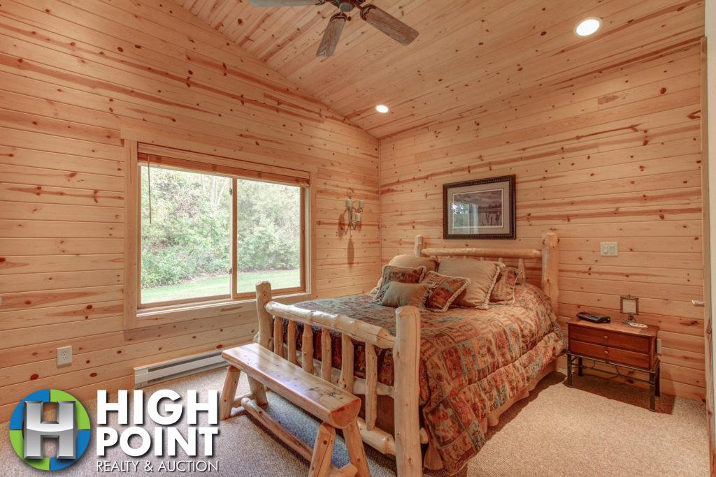 Bedroom-2-1500x1000-72dpi-1024x683