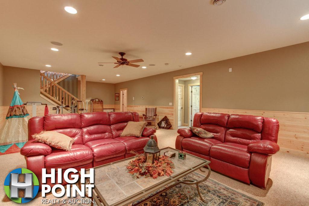 Lower-Level-Family-Room-3-1500x1000-72dpi-1024x683