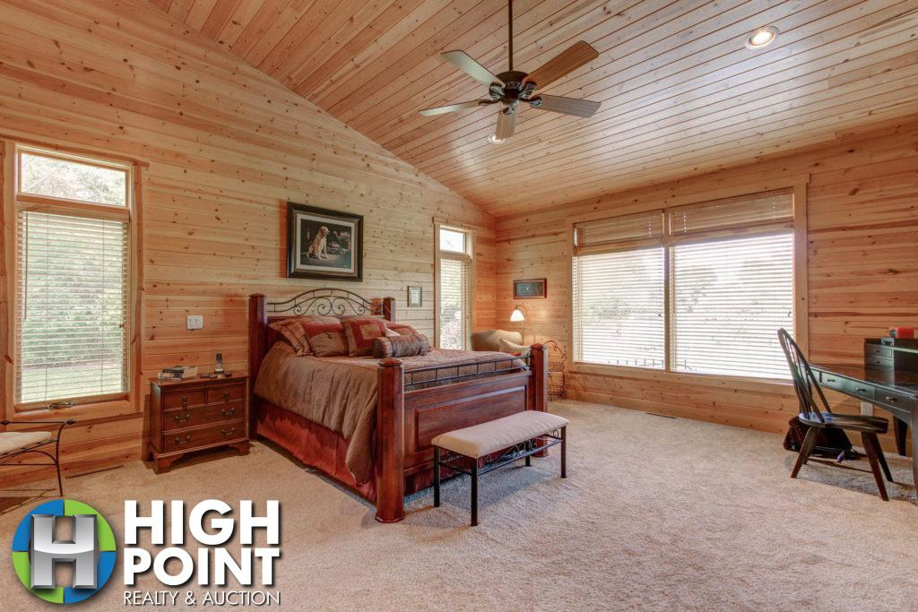 Master-Bedroom-1500x1000-72dpi-1024x683