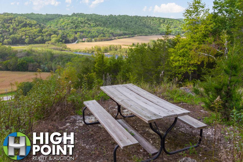 Panoramic-Bluff-Country-River-1500x1000-72dpi-1024x683