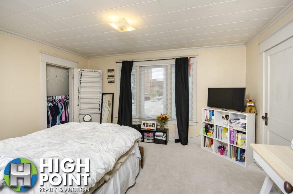 417-Bedroom-1a-1024x678