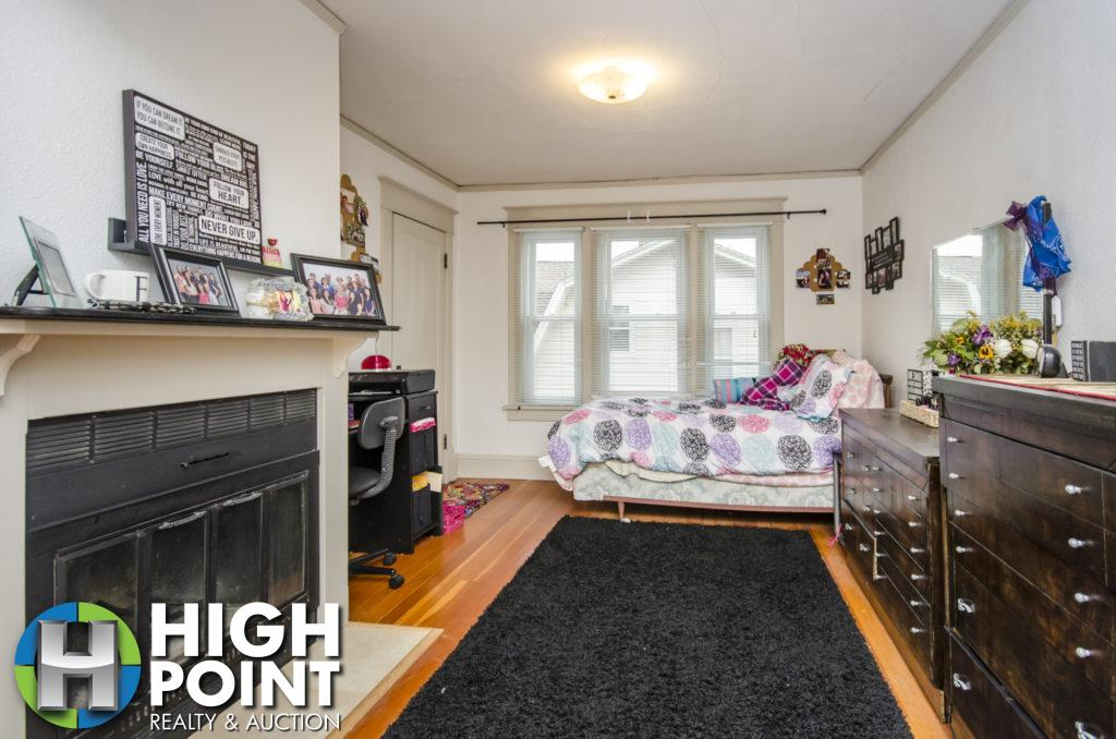 417-Bedroom-2a-1024x678