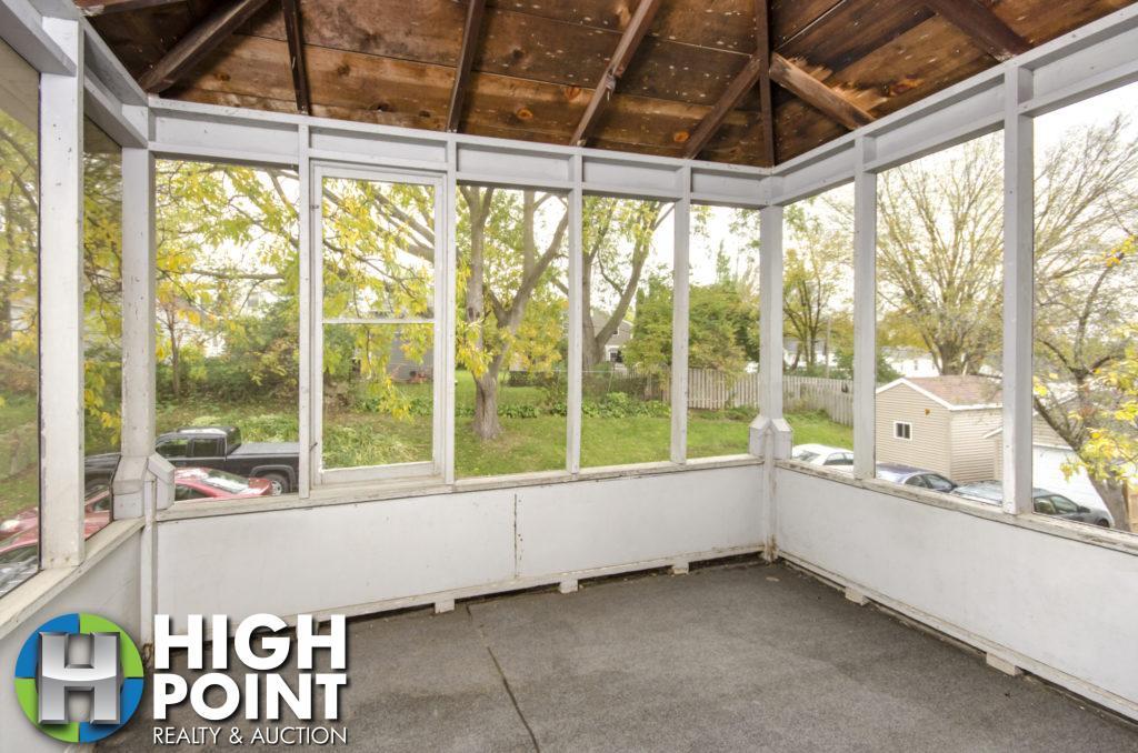 417-Bedroom-3-Porch-1024x678
