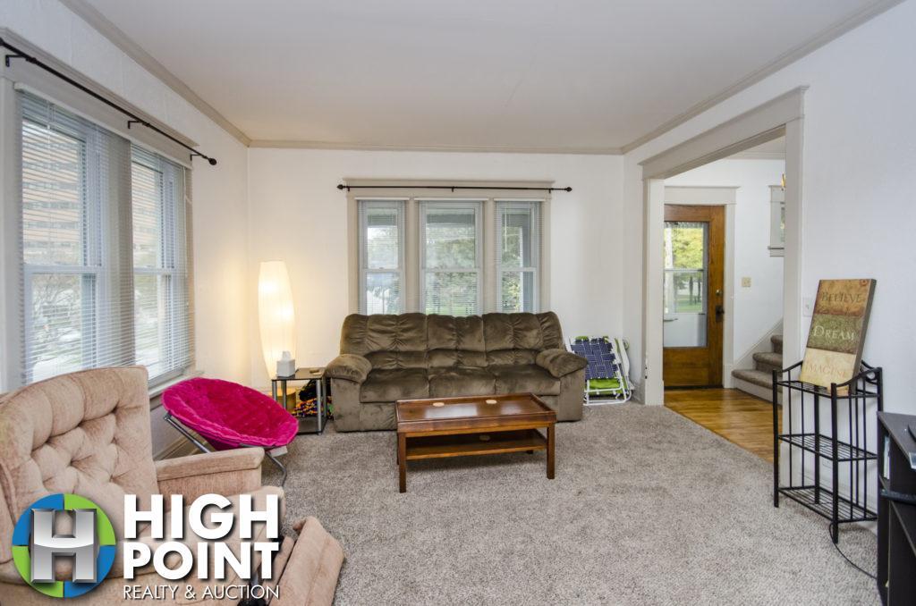 417-Living-Room-2-1024x678
