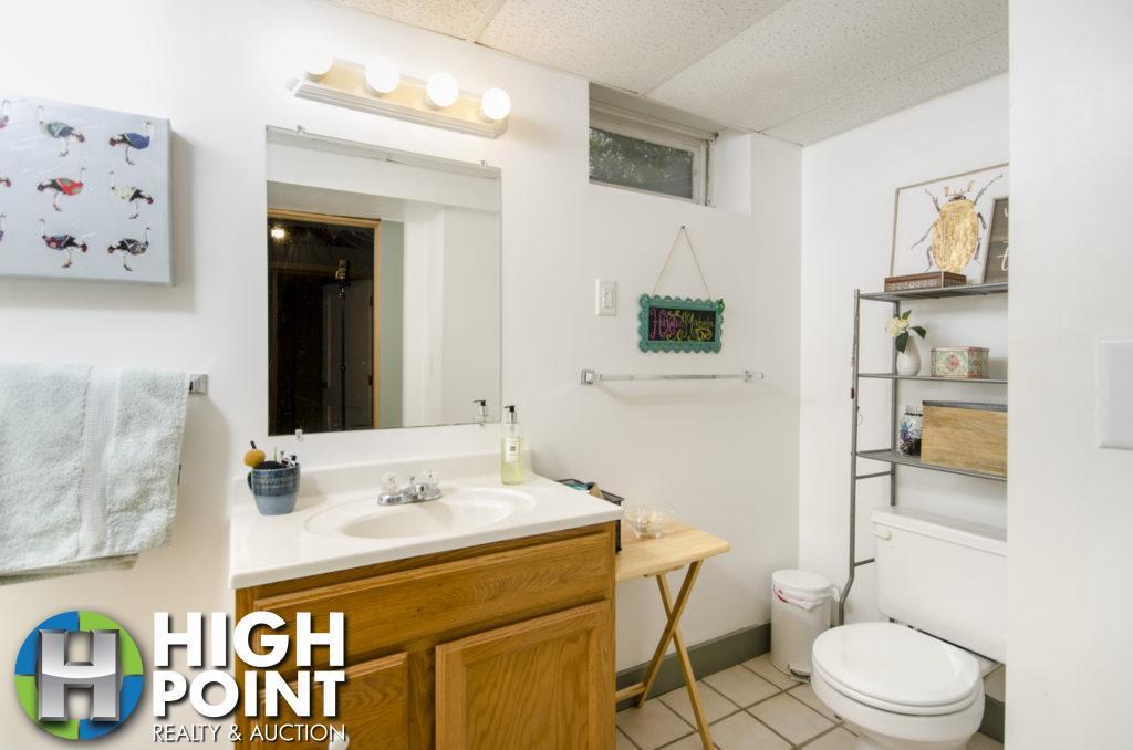 421-Bathroom-2a-1024x678