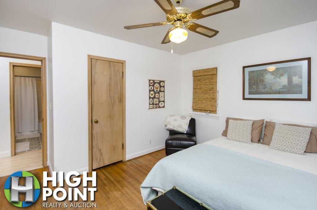 421-Bedroom-1b-1024x678