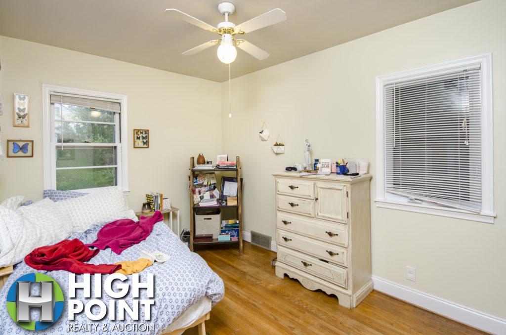 421-Bedroom-2a-1024x678