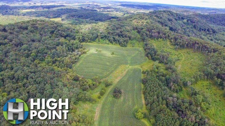 160+/- Acres Trempealeau County, WI