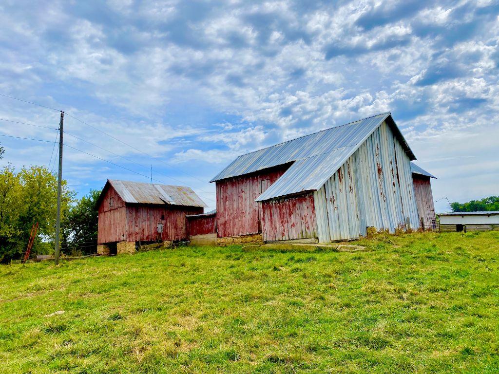 103+/- Acres Dubuque County, IA