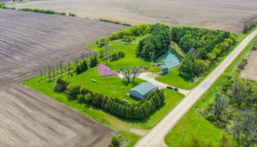 9+/- Acres Chickasaw County, IA