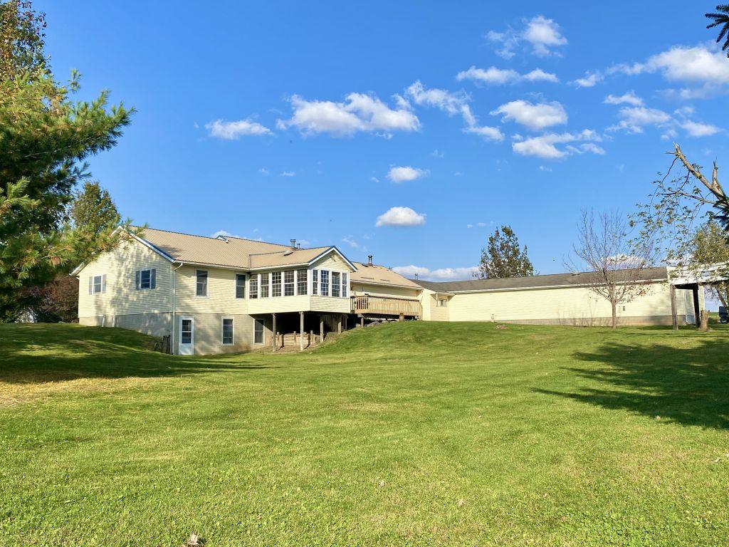 26.64+/- Acres Benton County, IA